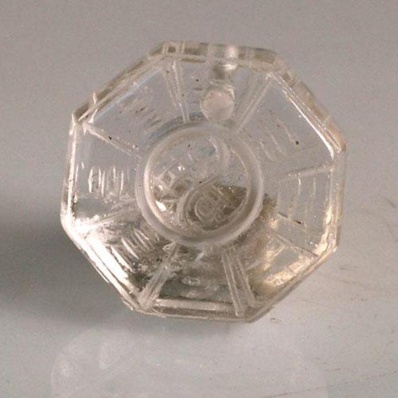 Ciondolo unisex Yin Yang in Cristallo di Rocca levigato