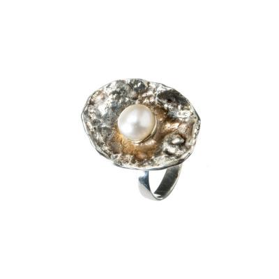 Anello in Perla e Argento 925 a Sbalzo