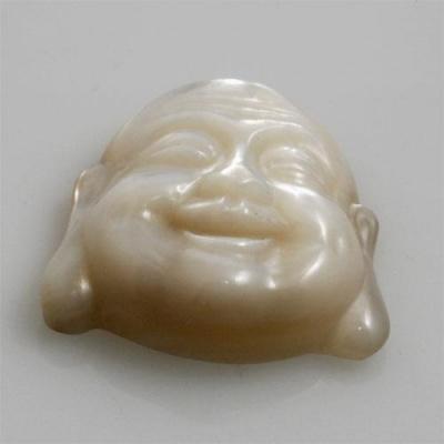 Volto del Budda in Madreperla