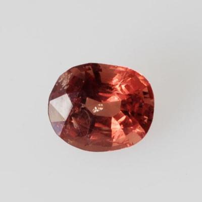 Gemma di Spinello Rosso - Ovale 0.65x0.75x0.4