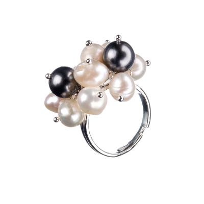 Anello in Perle Potato Grado B e Ottone