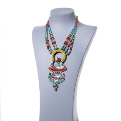 Collana Etnica con Corallo, Lapislazzuli, Turchese, Ambra e Argento Tibetano
