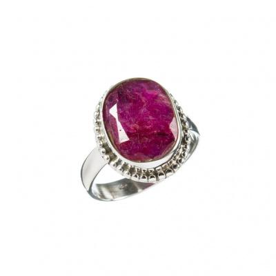 Anello di Rubino ovale e Argento 925