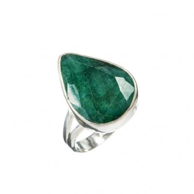 Anello in Smeraldo a goccia e Argento 925