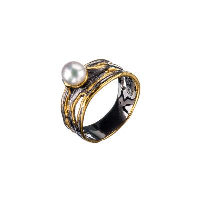 Anello con cabochon di Perla e Argento 925