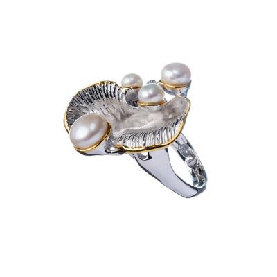 Anello con Perle e conchiglia decorata in Argento 925
