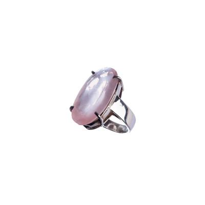 Anello con cabochon ovale sfaccettato di Quarzo Rosa e Ag 925