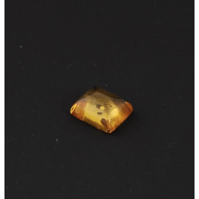 Cabochon di Ambra Baltica - Taglio Cuscino 1.0x1.2x0.6
