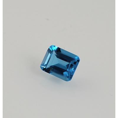 Gemma di Topazio Azzurro - Taglio a Gradini 0.75x1.0x0.5