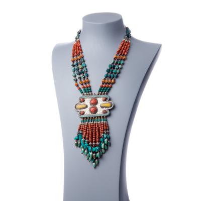 Collana Etnica in Turchese, Corallo e Ambra con Pendente Irregolare