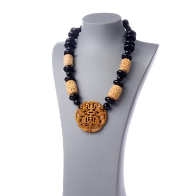 Collana in Giada, Onice nera, Osso e Argento 925