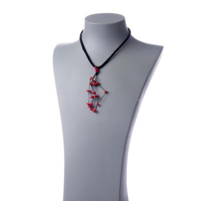 Collana Corta con Pendente in Corallo Bambù Rosso