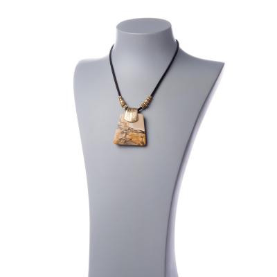 Collana corta con Pendente di Paesina e Metallo dorato