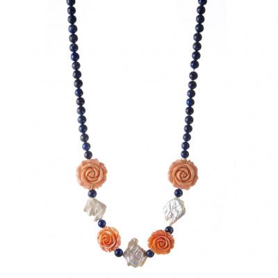 Collana Lapislazzuli, Perle piatte e Rose in Resina