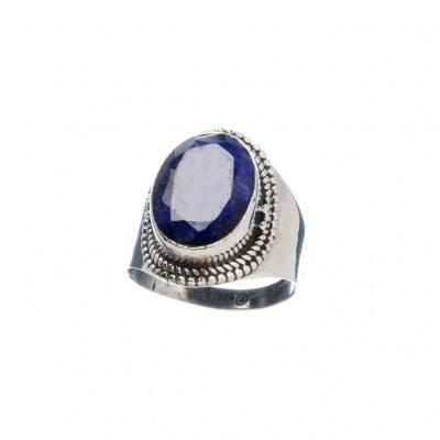 Anello di Zaffiro ovale e Argento 925