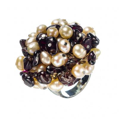 Anello in Granato e Perle d'Acqua Dolce Bianche
