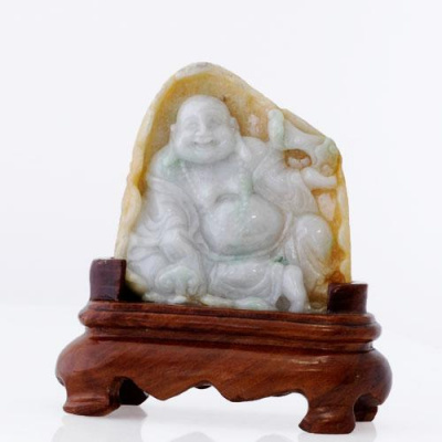 Budda in Giada Lavanda e Imperiale con fiore di loto