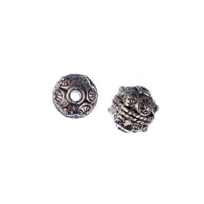 Distanziatore Tibetano sferico con decorazioni a rilievo color Argento diametro 1 cm - 2 pz.