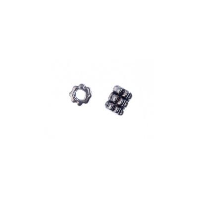 Distanziatore Tibetano a cilindro decorato color Argento da 0.6 cm - 20 pz.