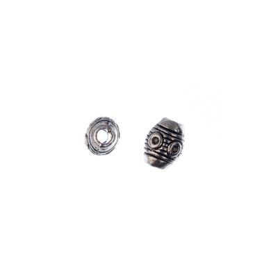 Distanziatore ovale decorato in stile Tibetano color Argento diametro 0.6 cm - 10 pz.