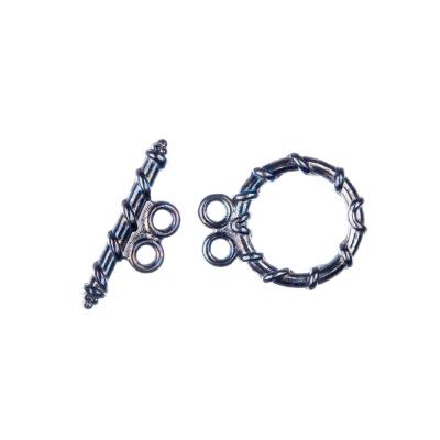 Chiusura a T a due fili con decorazione color Argento Anticato diametro 1.48 lunghezza 1.8 cm - 4 pz.
