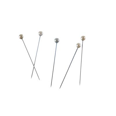 Chiodini/Spilli con con perno perlina bianca da 37 mm in lega metallica anallergica color argento - 50 pz. - 6gr ca.