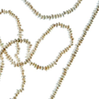 Filo di Perle Tonde Irregolari (Potato) Grado A da 1.5-2.5 mm color Bianco