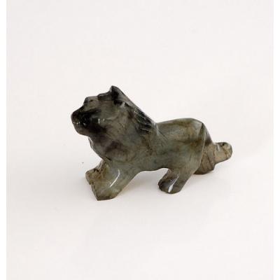 Leone in Labradorite