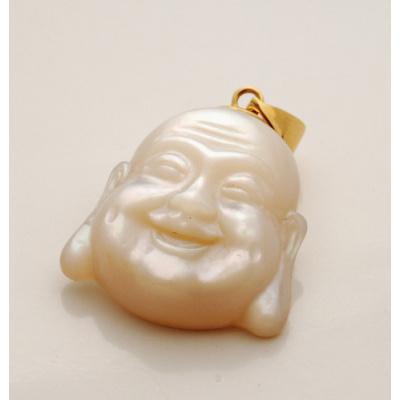 Ciondolo con Buddha in Madreperla e Oro 18k