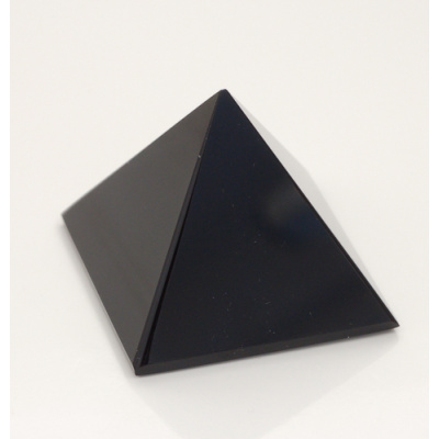 Piramide in Onice Nera