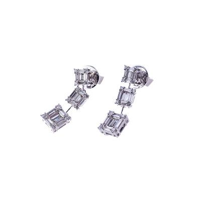 Orecchini pendenti in Oro bianco 18k con Diamanti 1.31 ct.