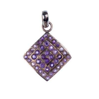 Ciondolo con gemme di Ametista e Argento 925