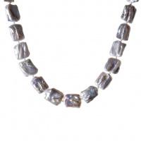 Collana di Perle Bianche Piatte Quadrate e Argento 925