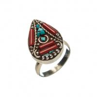 Anello Etnico di Turchese, Corallo Rosso e Argento Tibetano