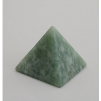 Piramide in New Jade