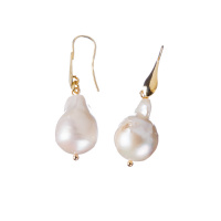 Orecchini Pendenti di Perle barocche ed Argento dorato