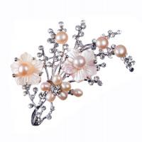 Spilla di Perle rosate, Madreperla e Strass